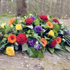 casket-spray-sympathy-flowers-essex
