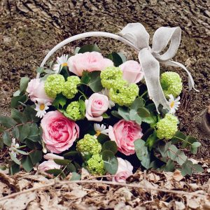 sympathy-basket-flowers-essex