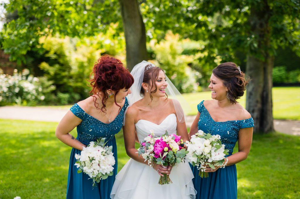 Little-Tin-Shed-Bride-bouquet-Wedding-Flowers-Essex-gaynespark