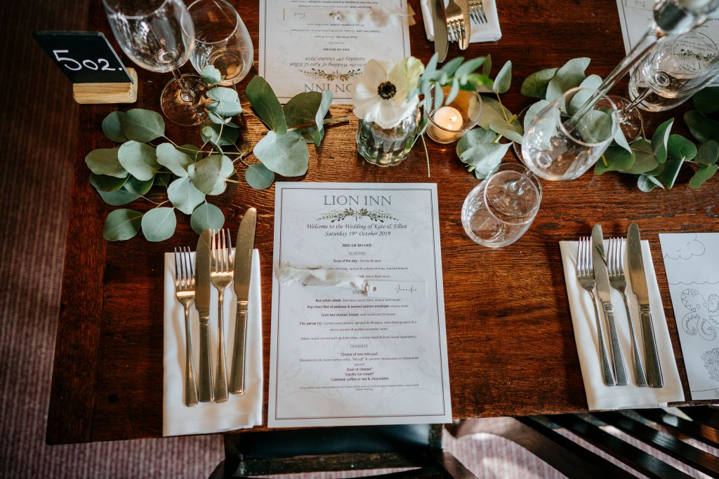 Little-Tin-shed-weddings-flowers-Lionhouse
