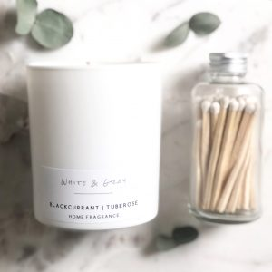 Little-Tin-Shed-White-and-Gray-Soy-Candle-Stockist